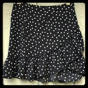 Urban Outfitters PoLkA-dOtS! Ruffled Skirt 🦄NWT
